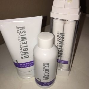 UNBLEMISH REGIMEN FOR ACNE AND VISIBLE AGING SIGNS